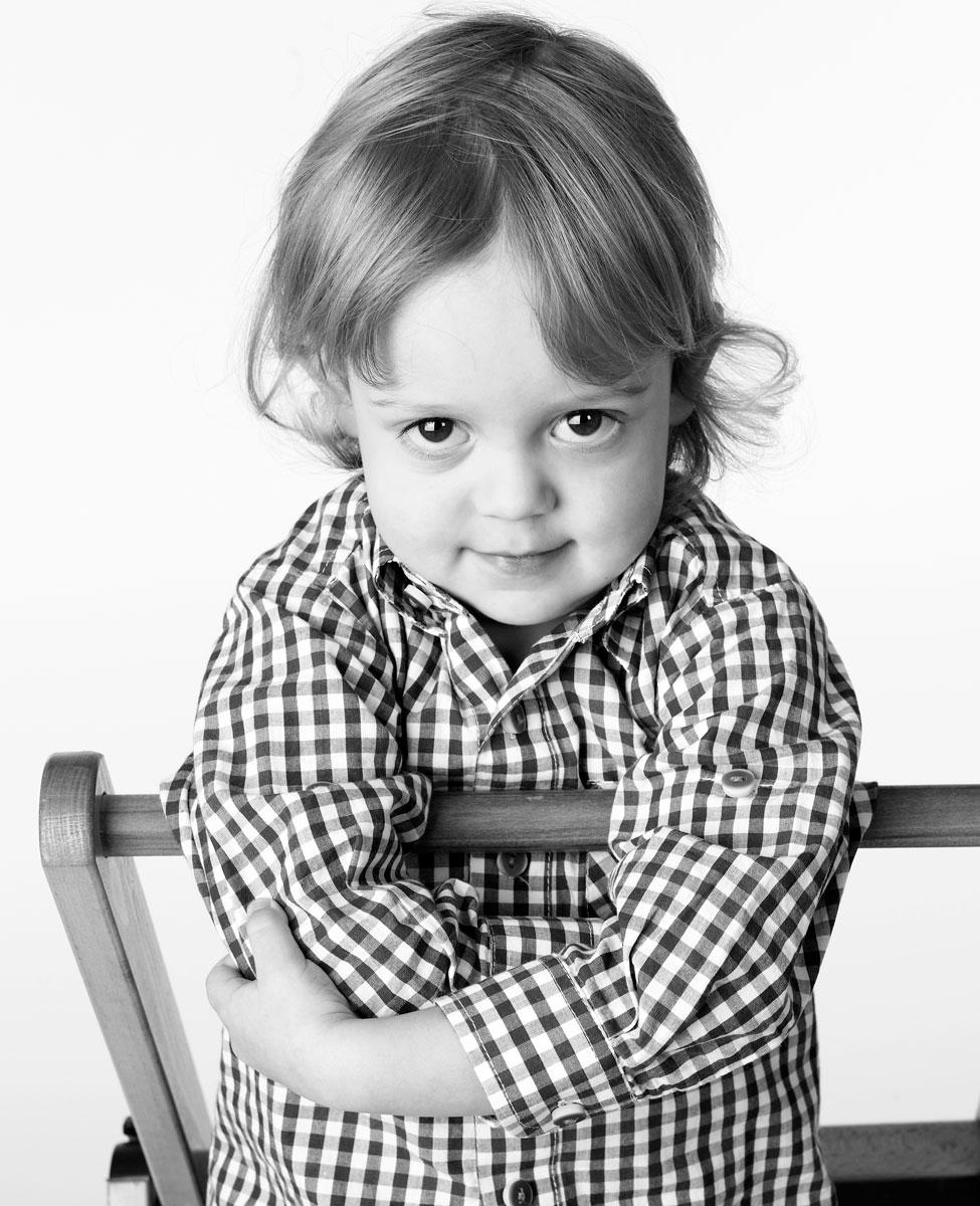 Kinder-Fotos, das klingt harmlos angesichts solcher Power.